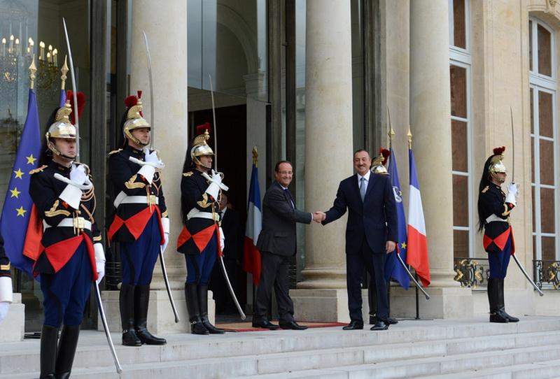 2012_09_18_ph_1_Ilham_Aliyev_Paris_F-Hol